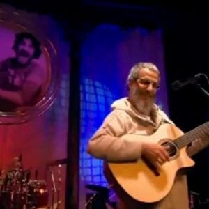 Yusuf / Cat Stevens – Man With No Country (Jim Capaldi)